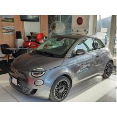 500e La Prima Hatchback 320 km 42 kWh AT